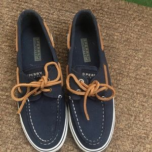 Dark blue Sperry shoes